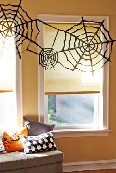 Thecleanerhome Easy Diy Halloween Decorating Trash Bag Spider Webs